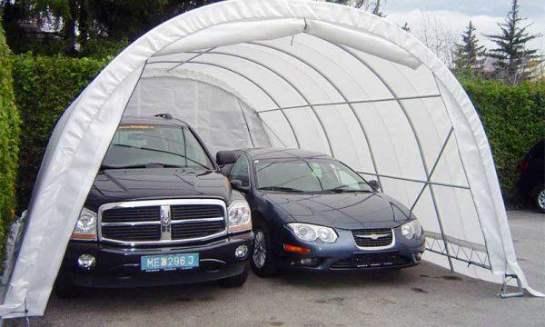Garagenzelte für geparkte PKWs